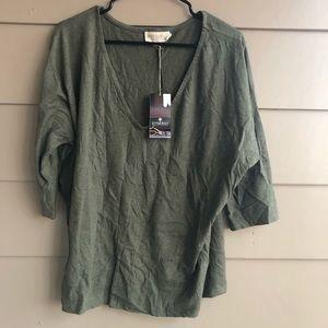 Synergy organic clothing NWT blouse